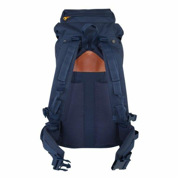Backpackkit Nomad Eagle rugzak 40 liter achterkant