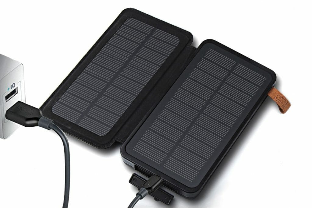 Backpackkit solar oplader powerbank stopcontact